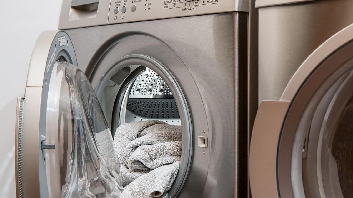 Waschmaschine riecht, Tipps zur Reinigung, Einrichtungsratgeber